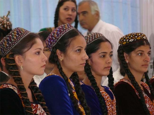 Turkmenistan denies entry to Peace Corps Volunteers