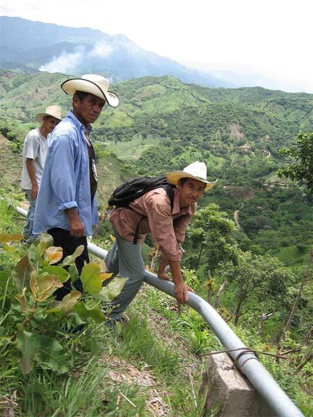 Pakistan RPCV Fred Stottlemyer brings safe water to Honduran communities