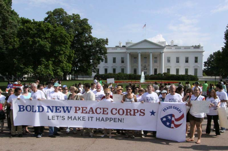 Laurence Leamer writes: Obama Must Keep Peace Corps Pledge